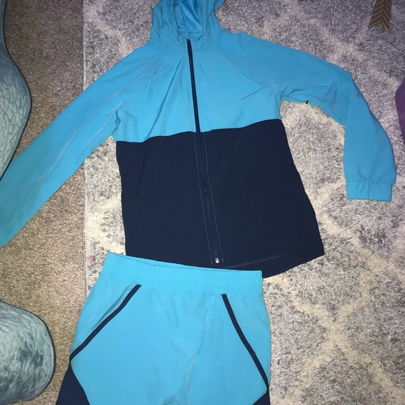 Avia Other - Youth active outfit size large 10/12 never worn